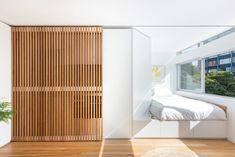 With just 24 square metres to work with, architect Brad Swartz has turned this Sydney apartment into a flexible and highly liveable home. Tiny Apartments, Tiny Spaces, Architectural Digest, White Laminate, Space Interiors, Space Architecture, Interior Design Studio, Living Spaces, Living Room