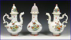 Set of Meissen flasks for oil, vinegar and mustard, Kakiemon palette, c. 1735