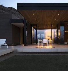 "leuke/mooie/bijzondere  "" vrijhangende"" buitenzit.  Beautiful Houses: Quartz Mountain"