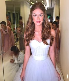 A little girls fantasy Wedding Looks, Bridal Looks, Wedding Bride, Dinner Hairstyles, Bride Hairstyles, Bohemian Wedding Dresses, Bridal Dresses, Graduation Hairstyles, How To Make Hair