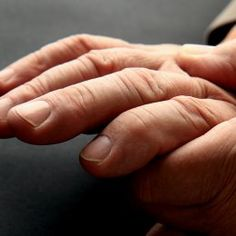 Carpal Tunnel Pain: 4 Ways to Relieve It Fat Fingers, Itchy Rash, Doctor On Call, Contact Dermatitis, Carpal Tunnel Syndrome, Finger Joint, Rheumatoid Arthritis, Getting Old