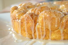 pumpkin monkey bread recipes | Pumpkin Pull-Apart Monkey Bread with Maple Glaze