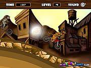Scooby doo merge pe o bicicleta bmx si este in concurenta cu alta fantoma.Ajuta-l pe scooby doo sa termine mereu pe primul loc .Termina pe primul loc si vei primi bonus o runda unde sunt numai monede si multi hamburgeri.