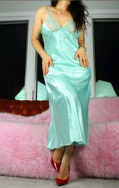 Satin Nightie, Silk Nightgown, Satin Sleepwear, Satin Gown, Satin Slip, Silk Satin, Pretty Lingerie, Beautiful Lingerie, Bridal Nightwear