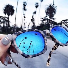 The Top 5 Trending Sunglasses You're Going to See on Everyone This Spring