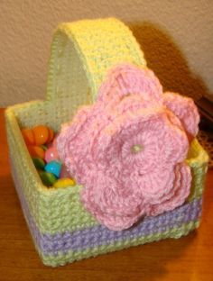 Free Crochet Pattern! Easter Crafts! Easy and Fun Easter Basket! FREE PATTERN 5/14.