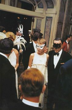Mia Farrow and Frank Sinatra arriving at Truman Capote's Black and White Ball, 1966