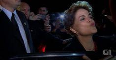 Dilma encontra apoiadores após desembarcar no Rio Grande do Sul