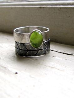Dark Silver Leaf Green Peridot Ring Stack Set Etched Ring. $108