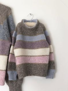 Mini Me - Isabellas fødselsdagssweater - FiftyFabulous - Knitting Projects Knitting For Kids, Easy Knitting, Crochet For Kids, Knitting Projects, Knit Crochet, Vogue Knitting, Sweater Knitting Patterns, Mini Me, Stripes Design