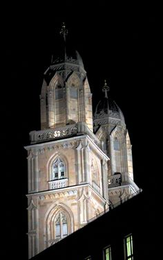 grossmuenster towers in the night