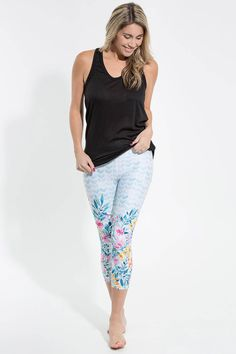 Serenity Crops Silver Icing, Muffin Top, Top Free, Cool Outfits, Capri Pants, Stylists, Product Launch, The Incredibles, Chic