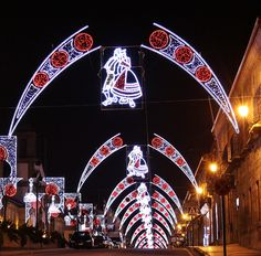Iluminación Artística Galicia www. Christmas Parade Floats, Christmas 2019, Decorating With Christmas Lights, Outdoor Christmas Decorations, Marketing, Christmas Ornaments, Lighting, Design, Folklore