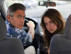 Director: Alexander PayneStarring: George Clooney, Shailene WoodleyYear: 2011Clooney is a middle-age... - Purpleclover.com