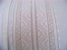 """Полтавська вишиванка: неймовірні візерунки """"білим по білому""""   ВСВІТІ — все, що тебе вражає!"""