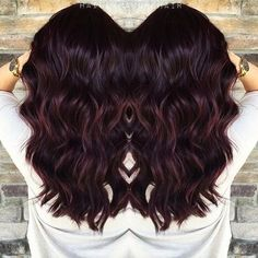 IG: haileymahonehair   Pour me a tall glass of Merlot.