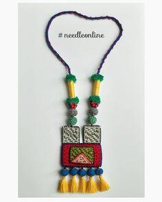 Needle jewellery Diy Fabric Jewellery, Fabric Earrings, Handmade Beaded Jewelry, Tassel Jewelry, Handmade Jewelry Designs, Fabric Beads, Textile Jewelry, Embroidery Jewelry, Bracelet Crafts