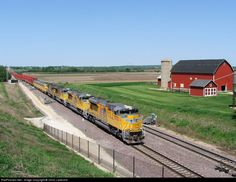 RailPictures.Net Photo: UP 8562 Union Pacific EMD SD70ACe at Geneva, Illinois by Chris Lastovich