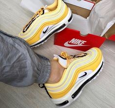 14 Best Dream shoes images   Nike, Trendy shoes, Dream shoes