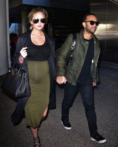 Yes, Pregnancy Body Is Sexy! How Kim Kardashian West and Chrissy Teigen Became…