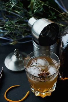 Chai Honey Old Fashioned // The weather outside is definitely frightful. Stay in and keep warmwith these 10 cool cocktail combinations perfect for December.
