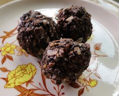 Rising Moon Nutrition: Primal/Raw Salted Almond Macaroons
