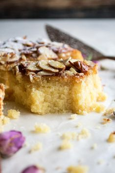 A honey soaked almond cake so good, it'll be devoured in minutes. It's the simplest recipe that results in a soft, tender, incredibly moist cake. Yummy Treats, Delicious Desserts, Sweet Treats, No Bake Desserts, Dessert Recipes, Soaked Almonds, Pudding Cake, Moist Cakes, Almond Cakes