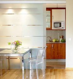Space saving sliding interior doors are wonderful home design ideas for small rooms Home Office Design, House Design, Diy Room Divider, Contemporary Interior Design, Dining Room Design, Living Room Modern, Design Case, Small Rooms, Sweet Home