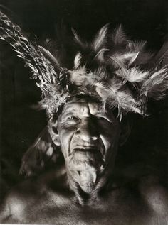 Índios do Xingu, habitante de Cuicuro, Mato Grosso (Cortesia Sebastião Salgado)