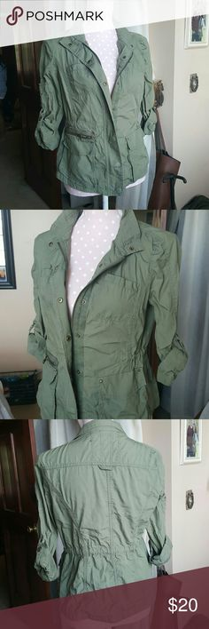 Express Zip Up Blouse Perfect condition! Worn once :) Express Tops Blouses