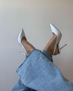 Dr Shoes, Swag Shoes, Me Too Shoes, Shoes Heels, Fancy Shoes, Pretty Shoes, Beautiful Shoes, Cute Shoes, Fashion Heels