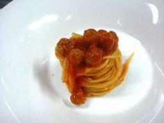 Li Maccarune a la chetarre: ecco la ricetta dei Primi Cavalieri | L'Abruzzo è servito | Quotidiano di ricette e notizie d'Abruzzo
