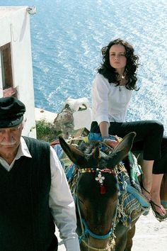 Summer bucketlist based on our favorite throwback movies—Sisterhood of the Traveling Pants