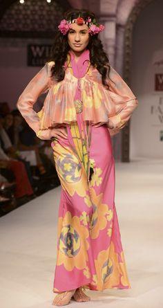 Pink printed kedio and skirt by ANUPAMA DAYAL. http://www.perniaspopupshop.com/wills-fashion-week/anupamaa-dayal