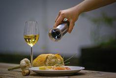 AdHoc Peper of Zoutmolen Elektrisch Milano Wit White Wine, Alcoholic Drinks, Glass, Food, Drinkware, Corning Glass, Essen, White Wines, Liquor Drinks