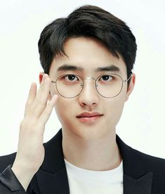Find images and videos about kpop, exo and glasses on We Heart It - the app to get lost in what you love. Kyungsoo, Exo Chanyeol, Kaisoo, Baby With Glasses, Scandal, Exo 2017, Exo Album, Exo Official, Exo Fan Art