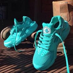 Tiffany Blue Nike Huaraches