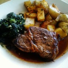 Gravy on Sundays: Pan Seared Steak with Rosemary Roasted New Potatoe...