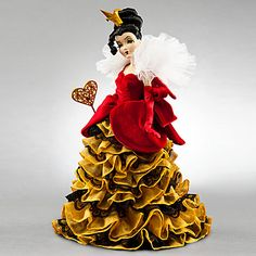 Queen of Hearts Doll, Disney Villains Designer Collection! She is so fabulous!