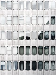 Industrial Design Trends and Inspiration - leManoosh Facade Architecture, Beautiful Buildings, Beautiful Places, Totems, Design Thinking, Minimal Design, Design Process, Cladding, Textures Patterns