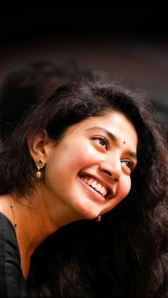 SaiPallavi, from the recently held Behindwoods Awards - Daily News and analysis Beautiful Girl In India, Beautiful Girl Photo, Actor Picture, Actor Photo, Stylish Girl Images, Stylish Girl Pic, Beautiful Bollywood Actress, Most Beautiful Indian Actress, Indian Actress Photos