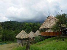 Que linda vista de Talamanca y su belleza prueba de que el hombre y la naturaleza pueden ir de la mano!! Pueblo indigena de Costa Rica.
