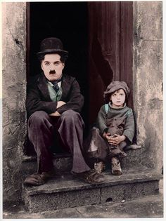 "chaplin-images-videos: "" The Kid "" Charlie Chaplin e Jackie Coogan ne ""Il Monello"" (1921)"