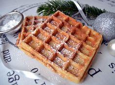 Skønne belgiske vafler som smager fantastisk med både is, syltetøj eller et drys flormelis på. Server dem som dessert eller måske til morgenmad.
