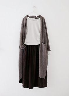 New Ideas For Fashion Hijab Casual Dresses – hijab outfit – – Hijab Fashion 2020 Street Hijab Fashion, Muslim Fashion, Modest Fashion, Korean Fashion, Fashion Outfits, Hijab Casual, Ootd Hijab, Casual Hijab Styles, Hijab Fashion Casual