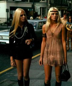 Fashionable ladies in London (1960's)