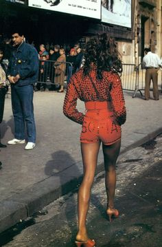 "Vogue Italia's May 1992 editorial ""Perfecto?"" starring Naomi Campbell, Stephanie Seymour, and Stephanie Roberts Uploaded by user"