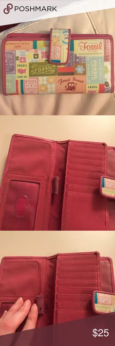 🌈 Colorful Fossil Wallet This is a very cute, colorful fossil wallet. It has been used. There is a small ink stain by where the pen holder is. Aside from that, it is in excellent condition. Fossil Accessories Watches