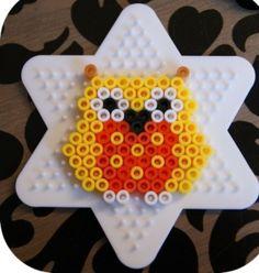 Most adorable Hama/perler bead owls Perler Beads, Fuse Beads, Pearler Bead Patterns, Perler Patterns, Owl Patterns, Loom Beading, Beading Patterns, Dac Diy, Owl Perler