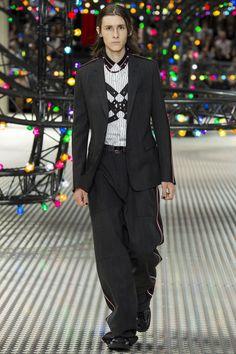 Dior Homme - Spring 2017 Menswear